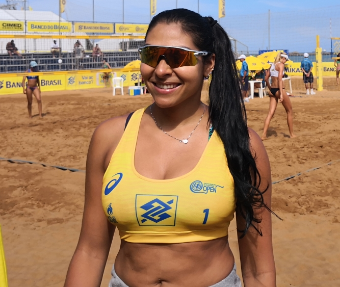 Danielle Cristine Neves