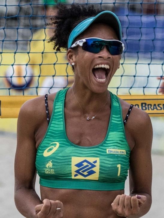 Fabrine Conceição dos Santos
