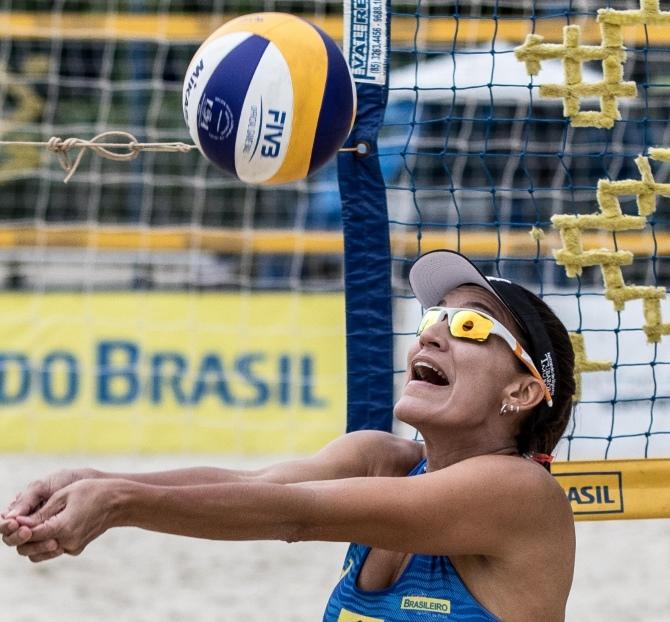 Thatiana Damásio Soares