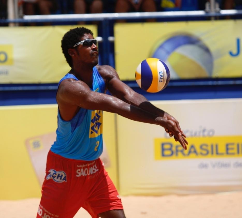 Thiago Santos Barbosa